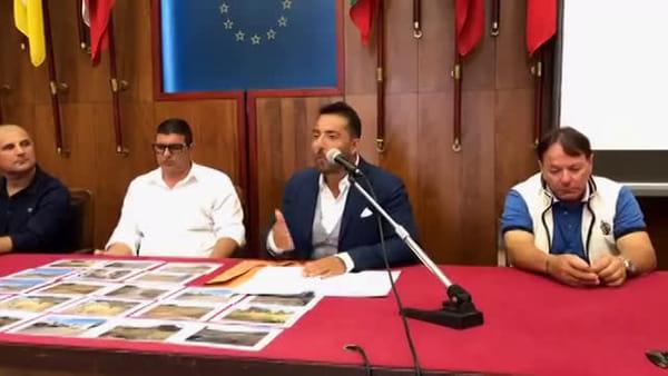 Fondo de Pasquale tra amianto, topi e rifiuti aspettando il risanamento: la denuncia di Zuccarello al fianco degli abitanti