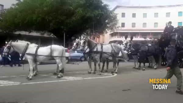E' morto Nino Molonia, i funerali con una carrozza dell'Ottocento