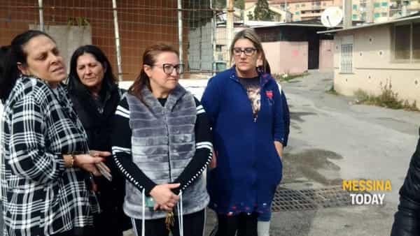"""Le donne di Fondo Fucile alle deputate di Forza Italia: """"Vogliamo le case"""""""