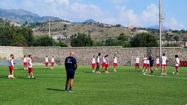 Serie D, Mr. Mancuso presents the challenge of FC Messina in San Luca thumbnail