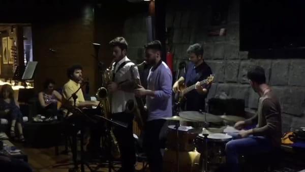 Lune di jazz al Marina, buona la prima con Tiralongo&Iurianello | VIDEO
