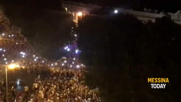 """La Vara e lo spettacolo della """"Girata"""", uno dei momenti più intensi della processione"""