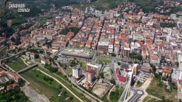 VIDEO | Operazione Gipsy Village, furto di autovetture con riscatto: 13 nei guai