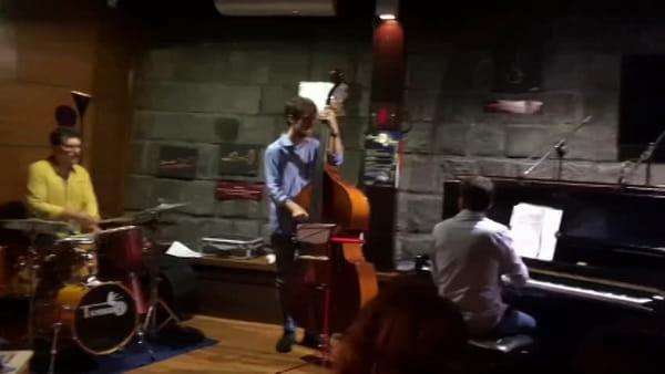 Lune di jazz, finale scoppiettante con Floriana Pappa: concerto dedicato ai colori e ai sapori dell'Africa