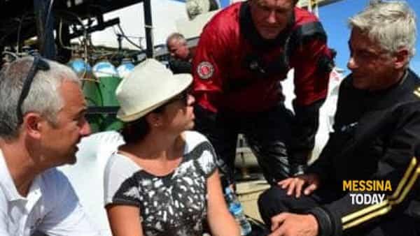 Sulla nave di ricerca oceanica durante le indagini sul relitto Panarea III, con Jarrod Jablonski e Mario Arena della GUE e Salvo Emma-2
