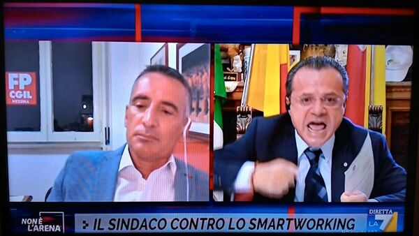 De Luca dice basta allo smart working, scintille in tv con il sindacalista Fucile