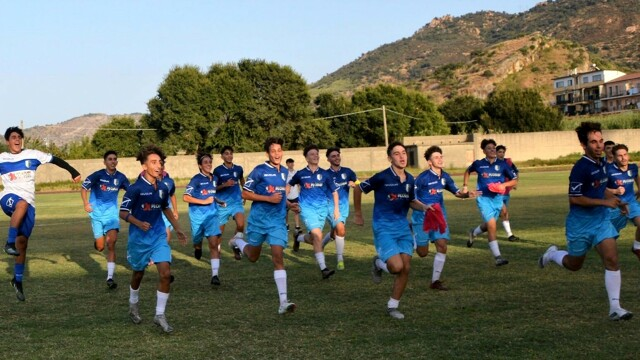 Regional youth, a crackling start for the 25 Messina Under 15 and 17 teams thumbnail