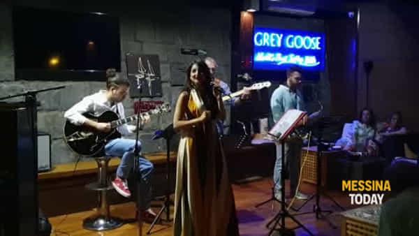 Lune di Jazz, Giovanna Magro incanta al Marina del Nettuno | VIDEO