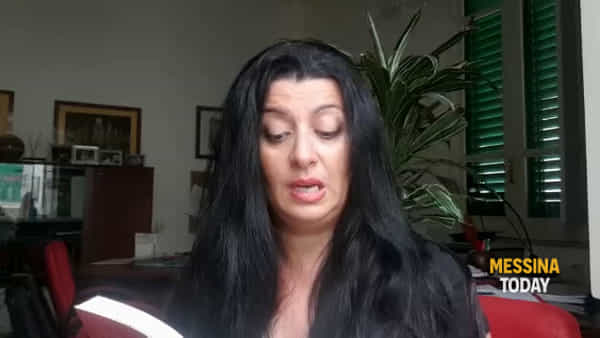 """#unminutodilibri, le donne di Elvira Seminara e """"I segreti del giovedì sera"""""""
