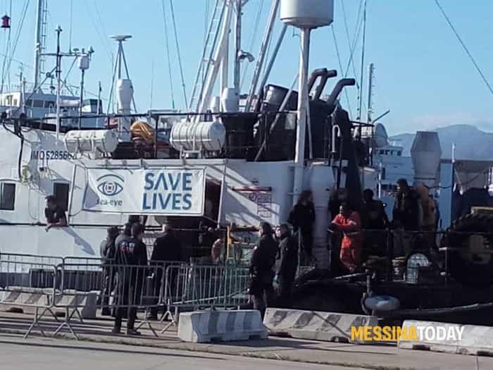 sbarco migranti2-2
