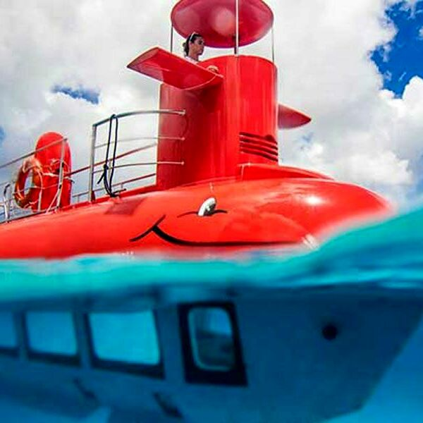 L'incanto di Taormina e Giardini Naxos in Nemo Sub, scopri l'incredibile tour in semi sommergibile